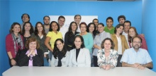A coordenadora do CCEAD, profa. Gilda Helena Bernardino de Campos, e equipe.