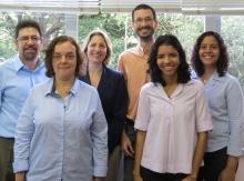 O coordenador central de planejamento e avaliação, prof. Luiz Alencar Reis da Silva Mello, e equipe.