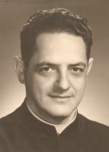Padre Padre Laércio Dias de Moura, S.J.