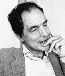 O escritor Italo Calvino.