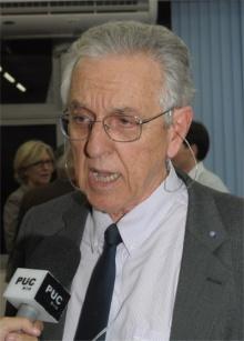 Professor José Carlos D'Abreu. Fotógrafo Antonio Albuquerque. Acervo do Núcleo de Memória.