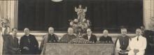 Mesa de autoridades na cerimônia de instalação dos cursos, no auditório do Colégio Santo Inácio