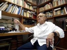Oscar Niemeyer em seu escritório no Rio de Janeiro. Fonte: g1.globo.com