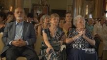 O presidente da ABL, Prof. Domício Proença Filho e a homenageada, Profa. Cleonice Berardinelli. Fonte: TV PUC.