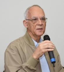 Prof. Pe. Mario de França Miranda S.J.. Fotógrafo Antonio Albuquerque.