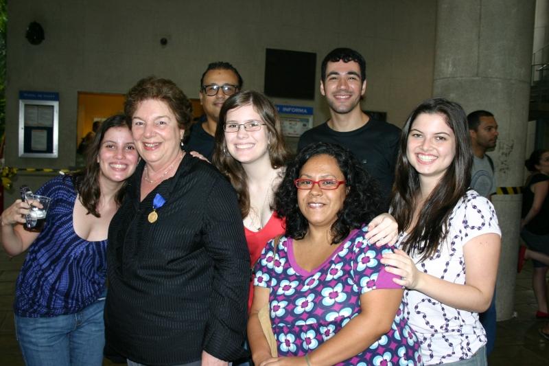 Equipe do Núcleo de Memória após a Assembleia Universitária de 2009. Fotógrafo Antônio Albuquerque.