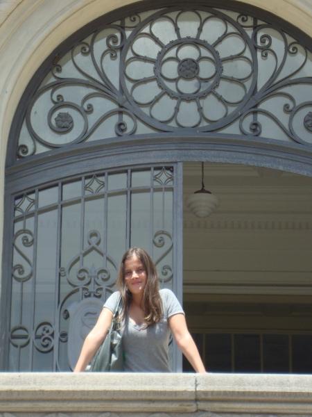 Juliana no Simpósio Experiência Cultural e Patrimônio Universitário sediado na Universidade de São Paulo. 2012.
