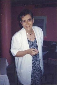 Professora Andrea de Castro Coelho Cintra. Fotógrafo desconhecido. Acervo particular.