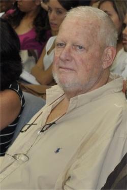 O Prof. Jürgen Heye na Aula Inaugural do Depto. de Letras, em 06/05/2010. Fotógrafo Antônio Albuquerque. Acervo do Núcleo de Memória.
