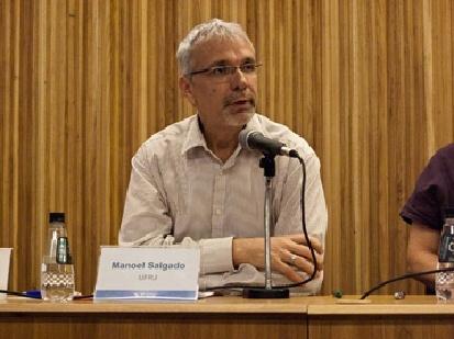 O Prof. Manoel Luiz Salgado Guimarães no IV Seminário Desafios do Ensino Médio - FGV. 2009.