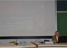 Palestra do Prof. José Álvaro Moisés, no Auditório do RDC. Fotógrafo Antônio Albuquerque. Acervo Núcleo de Memória.