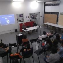 Palestra do Prof. Paulo Menezes, coordenador do Laboratório de Cartografia, do Departamento de Geografia da UFRJ, em 11/09/2018. Fonte: Instagram Departamento de Arquitetura e Urbanismo.