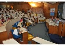 O Prof. Sergio Bruni no evento, realizado no Auditório do RDC. Fotógrafo Antônio Albuquerque. Acervo Núcleo de Memória.