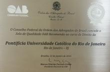 Placa com o selo de qualidade OAB.