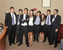 Equipe da PUC-Rio no IV Pré-Moot. Fonte: divulgação do evento.
