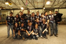 Equipe RioBotz após a competição. Foto do acervo da Equipe.