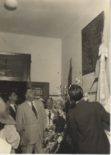 Inauguração da placa com os nomes dos formandos da Escola Politécnica. 30/12/1952.