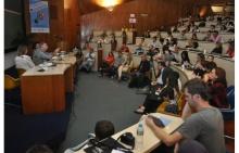 Palestra do Prof. Miguel Pereira (COM) durante o evento no Auditório do RDC.  Fotógrafo Antônio Albuquerque. Acervo Núcleo de Memória.
