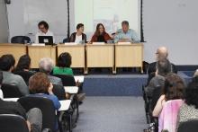 Mesa de debatedores, com a presença na plateia do prof. Roberto DaMatta. Fotógrafo Antônio Albuquerque.
