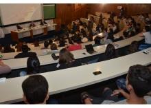 Palestra realizada no Auditório do RDC. Fotógrafo Antônio Albuquerque. Acervo Núcleo de Memória.