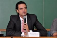 O Secretário Nacional de Justiça, Paulo Abrão, durante a palestra. Fotógrafa Cynthia Salles. Acervo do Projeto Comunicar.