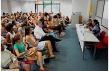 Mesa com a Profa. Maria Alice Rezende de Carvalho (CIS) e Sandra Benites (Museu Nacional). Fotógrafo Antônio Albuquerque. Acervo Núcleo de Memória.