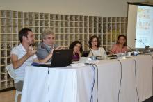 Uma das palestras do Seminário, no Salão da Pastoral. Fotógrafo Antônio Albuquerque. Acervo do Núcleo de Memória.