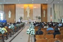 Missa celebrada pelo Núncio Apostólico. Fotógrafo Antônio Albuquerque. Acervo do Núcleo de Memória.