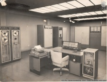 Computador Burroughs 205 o primeiro computador na PUC-Rio