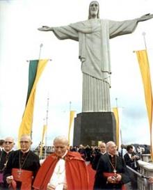 O Papa João Paulo II no Corcovado em 1980.