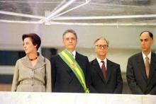 Fernando Henrique Cardoso, a dra. Ruth Cardoso, Itamar Franco e Marco Maciel na cerimônia de posse.