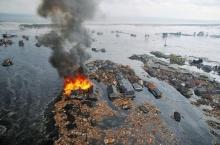 A cidade de Natori invadida pelas águas do tsunami.